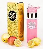 Wasserflasche mit Einsatz für Früchte, 700 ml; mit isolierender und schweißfester Schutzhülle, BPA-freier Tritan-Kunststoff, aufklappbarer Deckel mit Trinkschnabel, auslaufsicher, mehrere Farben zur Auswahl, rose
