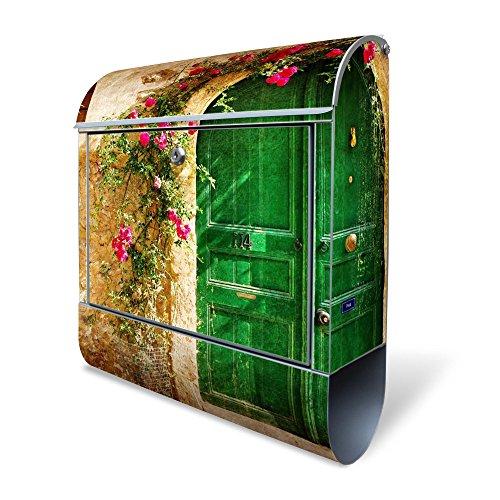BANJADO Design Briefkasten mit Zeitungsfach, 2 Schlüssel, A4 Einwurf, silber pulverbeschichtet, mit Motiv Ferienhaus
