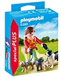 Playmobil Especiales Plus Dog Walker Figura con Accesorios, (5380)