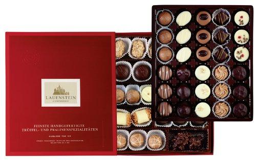 Preisvergleich Produktbild Lauensteiner große Pralinen-Auslese 700g in Geschenk-Schachtel - 58 feinste Trüffel und Pralinen in 21 Sorten mit / ohne Alkohol - das ideale Schokoladen-Geschenk