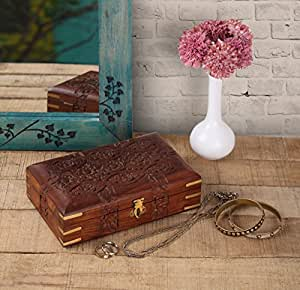 Store Indya, A mano aggraziata legno intagliato gingillo decorativi Jewellery Box con Mughal Ispirato floreali Carving & Brass Dettagli