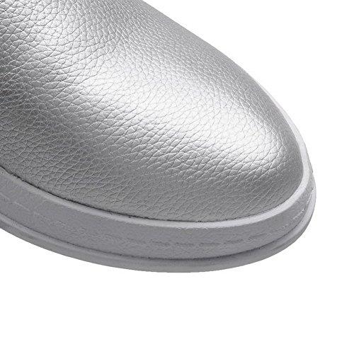AllhqFashion Damen Pu Leder Niedriger Absatz Rund Zehe Ziehen Auf Rein Pumps Schuhe Silber