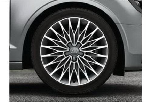 AUDI WKR Vielspeichen-Stern-Design 8x18 ET46 Alu-Basisrad 225/40 R18, links - 8V50736488Z8