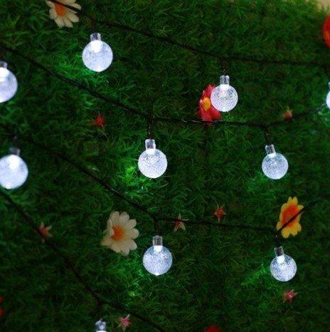 guirlandes-lumineuse-eskyr-sl50-lampe-solaire-en-plein-air-guirlandes-lumineuse-6m-30-led-blanc-boul