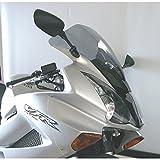 Cupula MRA Pantalla Racing HONDA VFR 800 02- transparente Pantalla Racing: Esta forma de pantalla ha sido desarrollada para el motociclismo y es utilizada por numerosos equipos de competición. La pantalla Racing es como la pantalla Original en su parte inferior pero lleva en medio una elevación con forma de cúpula. Así se reduce la presión del viento en el casco, mejorando la aerodinámica. EAN / núm. de pedido.:4025066081004 Color:transparente longitud:470 mm(=