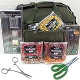 NGT Angeltasche mit Haken, Vorfächern, Ködergeräten, Boilies, grüner Schere und Pinzette
