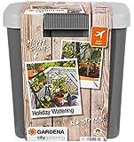 Gardena city gardening Urlaubsbewässerung: Beregnungs-Set mit Vorratsbehälter, für drinnen und draußen, Bewässerung von…