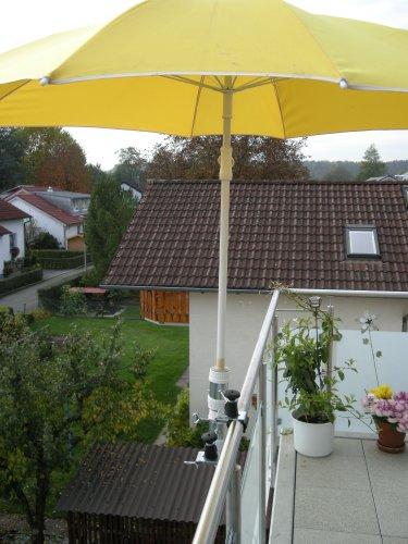Pour parasols d'un 25,5 jusqu'à 42 mm de diamètre - 2 pièces-support de distance parasol pour balcon ou pour l'extérieur à l'intérieur 11 cm de distance de holly-parapluie pour fixation breveté rond ou carré éléments de 2 à 60/55 mm avec 5 positions réglables avec support rotatif à 360° avec fixation pour gUMMISCHUTZKAPPEN kratzfreien support pivotant à 360° avec distance prises pour bâtons de l'abat-jour : ø 25,5 jusqu'à 37 mm avec douille profonde d 11 cm 13 cm-distance long bec-innovation axe vis-fabriqué en allemagne-holly ® produits sTABIELO-holly-sunshade ®-chez sCHIRMEN sur 2,5 cm de diamètre - 2 supports de fixation ou 2-te d'utiliser, pour des raisons de sécurité (, kabelbinder)