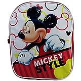 Modello Esclusivo Okami Bags. * Chiusura con zip * Lunghezza: 31 cm Altezza: 24 cm Spessore: 7 cm *Materiale Esterno: Sintetico Materiale Interno: Sintetico