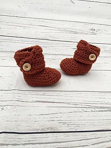 burnt orange baby booties crochet