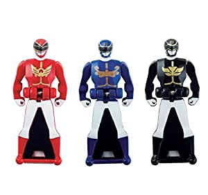 power rangers super megaforce pack de 3 figurines cl s l gendaires megaforce. Black Bedroom Furniture Sets. Home Design Ideas