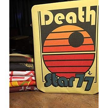 T-Shirt Star Wars Retro- Death Star 77 – Star Wars Old School Disco T-Shirt von Rev-Level