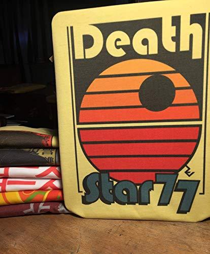 T-Shirt Star Wars Retro- Death Star 77 - Star Wars Old School Disco T-Shirt von Rev-Level