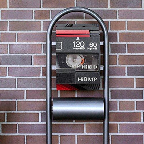 banjado – Design Stand Briefkasten mit Zeitungsrolle Metall schwarz 44x150x14cm mit Motiv Video Kassette - 3