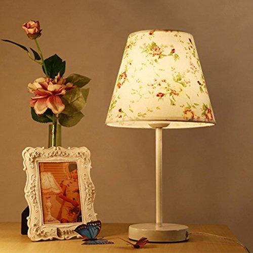 Moderne einfache kreative Nachttischlampe Warm und romantisch Dekorative Bedside Reading Home Office Tischleuchte