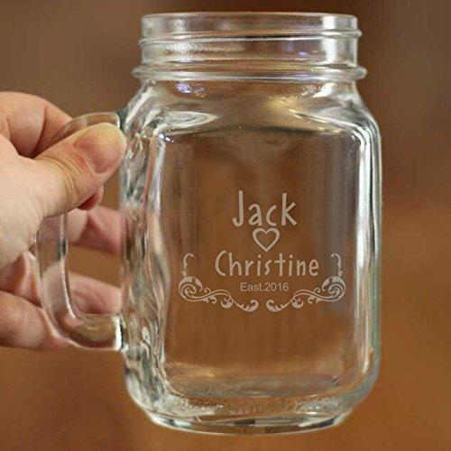 Mason Jar Dekorationen für Hochzeit Individuelle Gravur Namen und Datum auf Glas Tasse Personalisierte Glas Tasse für eine Hochzeit Jahrestag Geschenk 16Oz