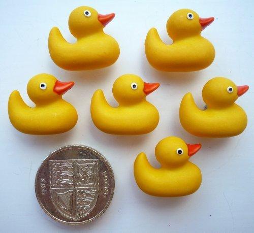 Jesse James Buttons (Rubber Ducks - 6 Novelty Craft Buttons & Embellishments by Dress It Up by Jesse James)