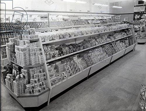 alu-dibond-bild-80-x-60-cm-confectionary-aisle-woolworths-store-1956-b-w-photo-bild-auf-alu-dibond