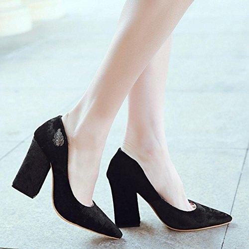COOLCEPT Femmes Mode Bloc Talon hauts Slip On Pointue Court Chaussures For Date Noir