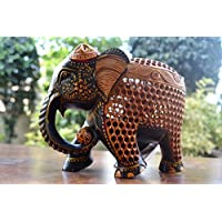 Painted Elephant Wooden Statue- Madre figurine- mano