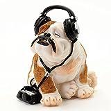 A-703 Mops mit Kopfhörer 16cm - Hunde Figuren Deko