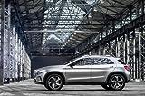 Clásico y músculo anuncios de coche y COCHE arte Mercedes-Benz GLA Concept Car Póster en 10mil Archival papel satinado plateado lado almacén vista, papel, Silver Side Warehouse View, 36' x 24'