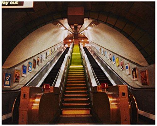 1wall-london-underground-subway-escalator-stunning-full-colour-wallpaper-wall-mural