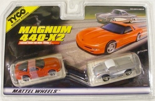 TYCO HO Scale Corvette 2 Pack Slot Car Set by TYCO