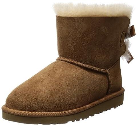UGG Unisex-Kinder Mini Bailey Bow Kurzschaft Stiefel, Braun (Chestnut), 36 EU