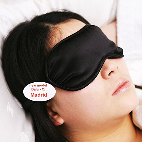 Price comparison product image Sleep Eye Mask 100% Silk Excellent Quality Silk in an Elegant and Durable Bag
