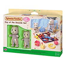 Sylvanian Families Day 4870 at The Seaside Set