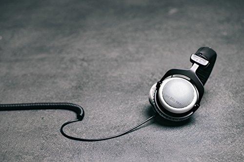 beyerdynamic DT 880 PRO Over-Ear-Studiokopfhörer in schwarz. Halboffene Bauweise, kabelgebunden - 4