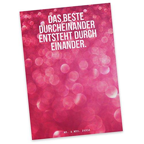 """Mr. & Mrs. Panda Postkarte Spruch \""""Das beste Durcheinander entsteht durch einander. \"""" - 100{ae59eaf8ab4de0911181636dfe32a4bac1f62c29932bd82ff419e911d61578c3} handmade aus Karton 300 Gramm - Postkarte, Postkarten, Einladungskarte, Geschenkkarte, Brief, Spruch des Tages, Kärtchen, Geschenk, Karte, Papier, Einladung Liebe, Partner, Durcheinander, Chaos, Love, Ehe, Hochzeit, Freund, Freundin, Geschenk, Valentinstag Spruch Sprüche Lustig Spass Geschenk Geschenkidee Zitate"""
