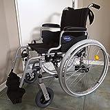 Invacare Rollstuhl Action 1 NG silbergrau Desk Armlehnen Sitzbreite 45 cm inkl. Trommelbremse + Steckachsensystem + UA-Gehstützenhalterung + Beckengurt