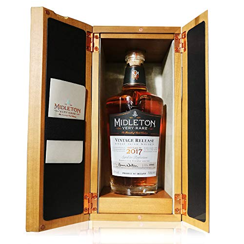 Midleton Very Rare Irish Whiskey 2016/2017 - Limitierter Whiskey mit Gravur von Brien Nation - Edle Spirituose inkl. Holzbox - ideales Geschenk & Sammlerstück - 1 x 0,7 L