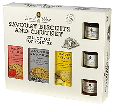 Grandma Wild's Savoury Biscuits for Cheese and Chutney Gift Box 495 g