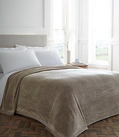 Blanket / Plush Blanket / Throw / Plush Throw / Beige Blanket (Double 229 x 254cm)