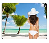 MSD Mousepad Bild 26694967Sommer und Urlaub Concept Frau sitzend im Badeanzug mit Hut 739