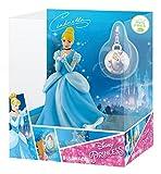 Bullyland 13419 - Spielfigur in Geschenkpackung, Walt Disney Cinderella mit Schmuckanhänger, ca. 10,5 cm