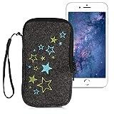 kwmobile Handytasche für Smartphones L - 6,5' - Handy Filztasche - Sternenmix Design Hellgrün Blau Dunkelgrau - 16,2 x 8,3 cm Innenmaße