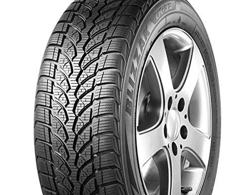 Bridgestone 06737 - 215/45/R20 95V - C/B/72dB - Pneu d´Hiver