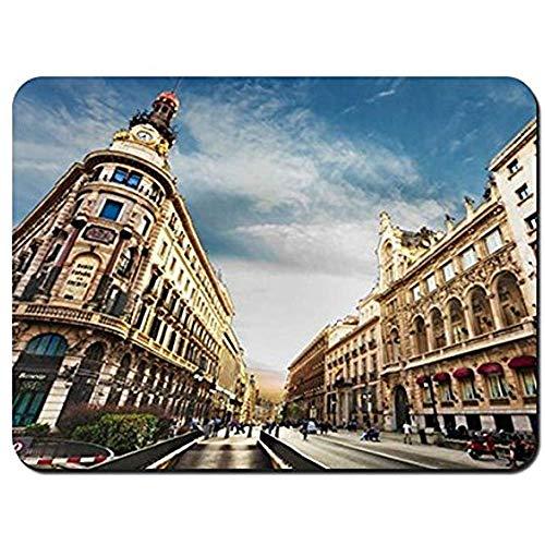 Mausepad Stadt Madrid Spanien Himmel Wolken Menschen Mann Frau Zeichen Zeichen Mauspad Mousepad Mauspad 25X30Cm Mauspads Gaming Mat