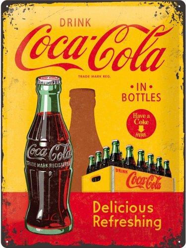 Coca Cola coke bouteille. Acheter ici, ont une Ici. Délicieux rafraîchissant boisson annonce. maison, cuisine, barre, restaurant, café, bistrot ou pub. Aliments et 3D Métal/Enseigne Mural En Acier