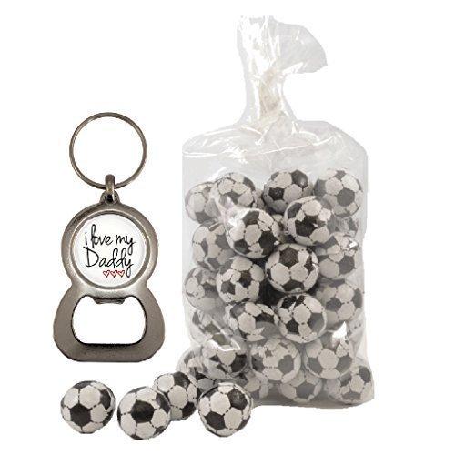 Preisvergleich Produktbild I love my Daddy 3Herzen–Weiß Flaschenöffner Schlüsselanhänger und 200g Beutel von Milch Schokolade Fußbälle