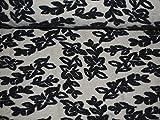 0,5 m * 1,5 m Stoff - 3-D Effekt Filz - gefilzt - wei§ / creme - grau - Blumen Ranke BlŸtenranke - Strickstoff Wolle - Meterware zum NŠhen - Strickwalk - dicker Winterstrick - nŠhen