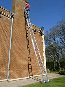 7.96m - 3 Section TRADE MASTER Extension Ladder with Integral Stabiliser