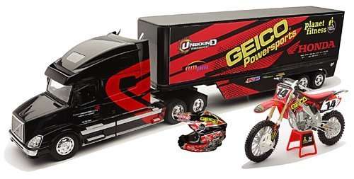 new-ray-toys-132-scale-racing-rig-gift-set-geico-powersports-honda-kevin-windham-14265-kwgs-by-new-r