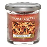 Yankee Candle vela de pilar pequeña, Palo de canela, rojo