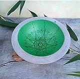 Moderne, grüne Schale aus Beton mit Mandala im Zentangle Style