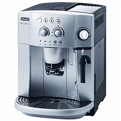 Delonghi ESAM4200S Magnifica Espresso / Cappuccino Maker 1.2 Kw 15 Bar Pressure 1.8 Litre water tank capacity Removable brewing unit Can be used with ground coffee and coffee beans - Silver by Delonghi